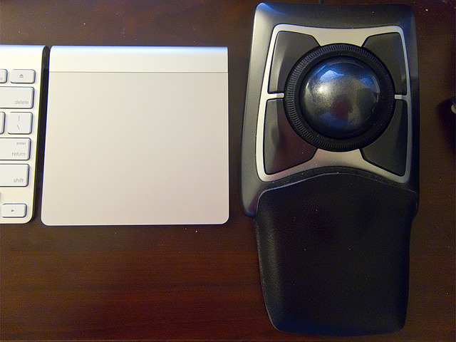 Magic Trackpad Next to Trackball