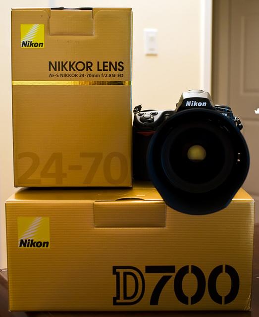 Nikon D700 + 24-70mm f/2.8G