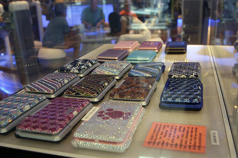 Jeweled DSes